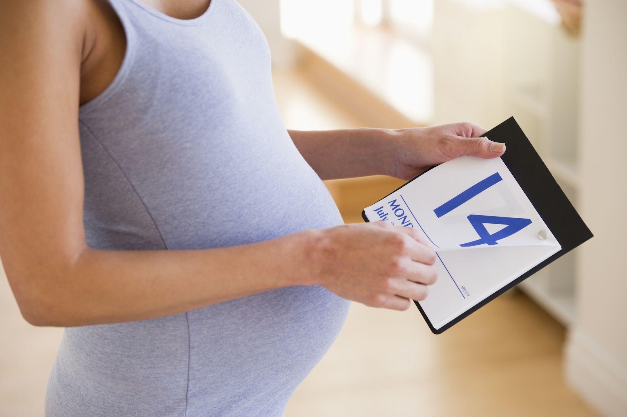 6 choses à considérer lorsque vous dépassez votre date d'accouchement