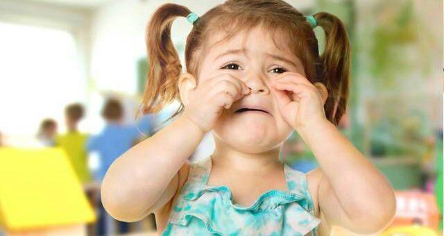 11 phrases apaisantes à dire quand votre enfant pleure
