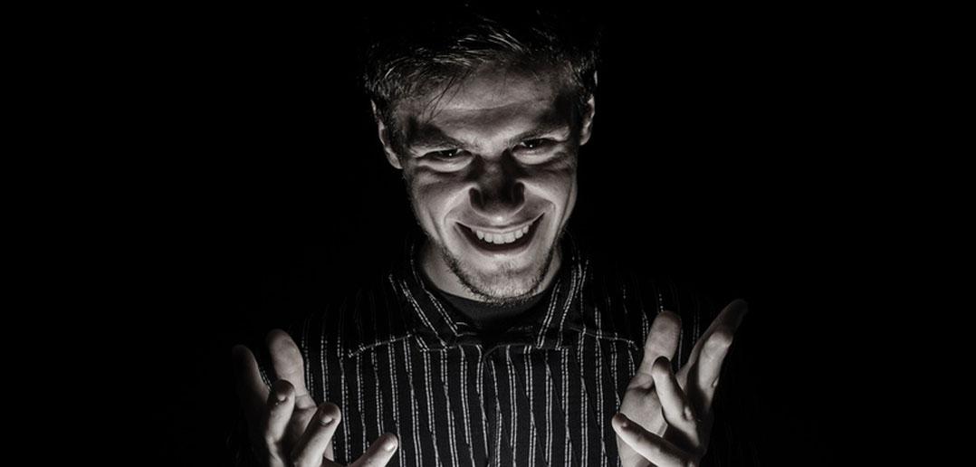 Ces 13 signes peuvent vous aider à détecter un psychopathe