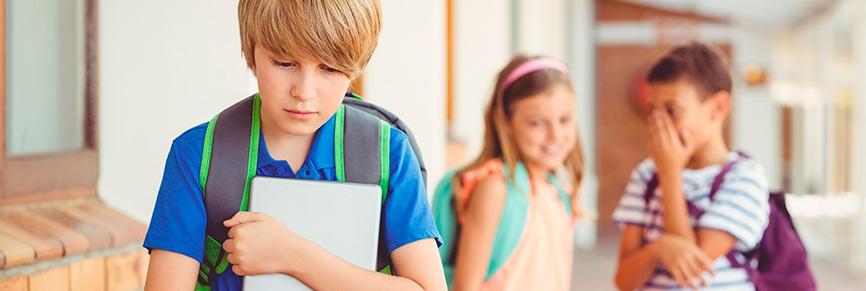 10 signes silencieux que votre enfant est victime d'intimidation