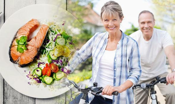 Voici ce que les gens de 100 ans mangent vraiment pour vivre plus longtemps