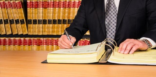 Aimeriez-vous savoir comment juger si un avocat est un bon avocat ?